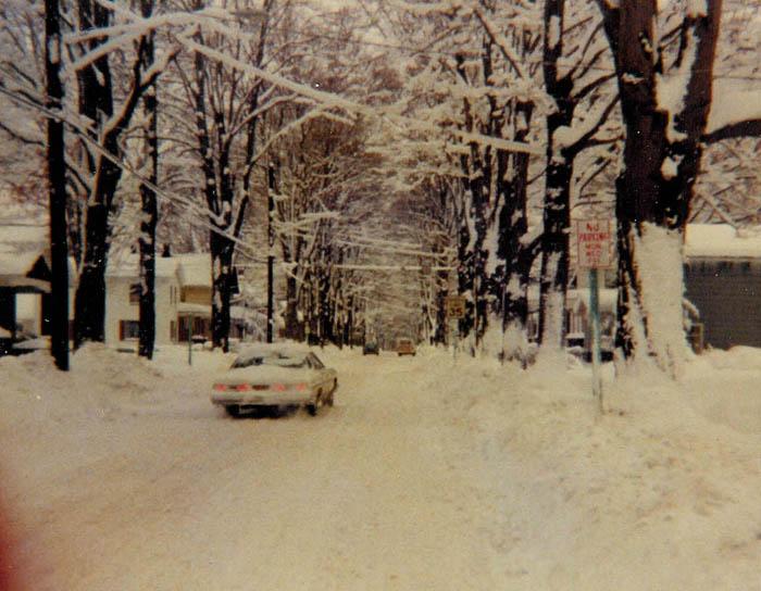 snowonhighstreet.jpg